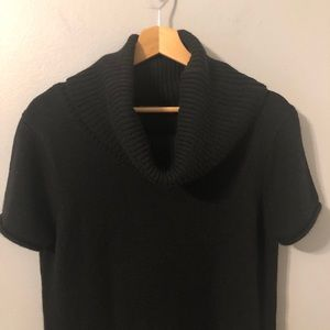 BCBG MaxAzria Black Short Sleeve Turtleneck Size L